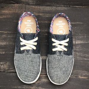 Toms Shoes - TOMS Men's Mustache Sneakers Size 6.5